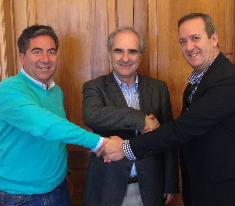 Agreement between Radio Agricultura and AEQ